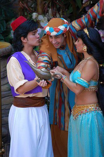 Aladdin Pelicula Completa En Espanol Latino Pelisplus Caras De Personajes De Disney Cosplay Para Ninas Peliculas Completas