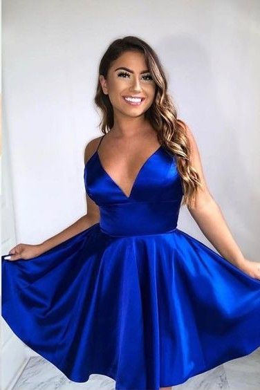 Knee Length Spaghetti Straps Royal Blue Homecoming Dress