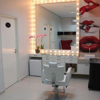 Decoracao Salao De Beleza Com Cadeira Branca Janetebarros 54985