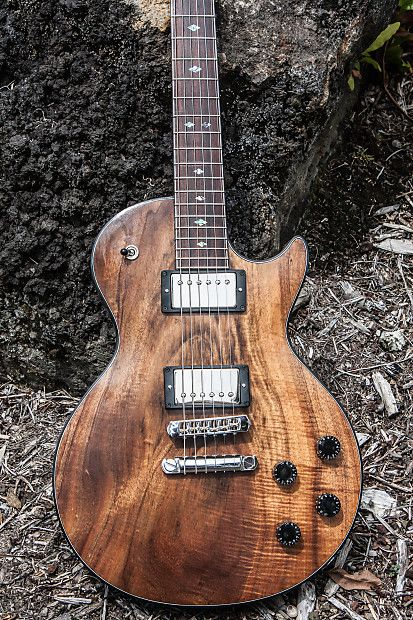 Koa Hoʻokalakupua This Magical Warrior Is Ready To Go Into Battle Designed With The 1959 Lp Specifications With S Guitar Tuners Guitar Custom Electric Guitars