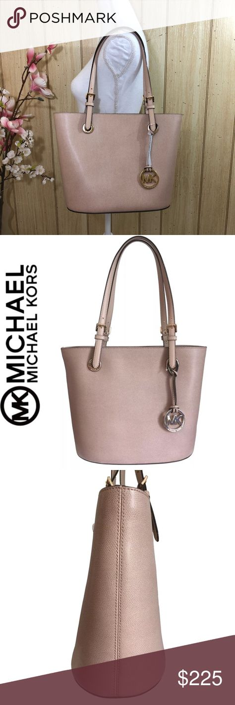 7d634757160 Michael Kors Jet Set Tote Chain Tassel NWT EW Zip 100% Authentic Jet Set EW  Tassel Chain Tote MK Signature Jacquard Bag BRAND NEW wit…
