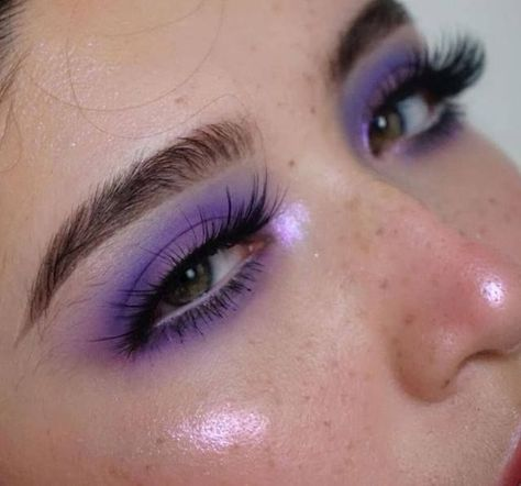 pinterest // @jillianvindi  #LilacPurpleViolets   #Lilac #Purple #Violet #BeautyTricksMakeup