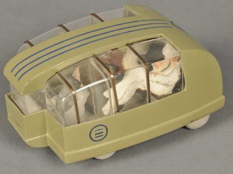 Motor Car No. 9 (with tail fin)\' Bel Geddes es el autor de \'Coche nº ...