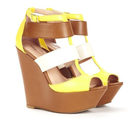 Absolutely love these shoes. I need these for summer.