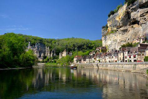 villages les plus romantiques : la roque gageac en Dordogne