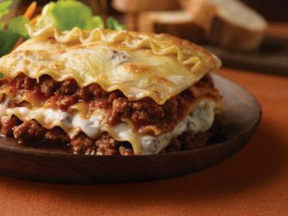 Beef Mushroom Lasagna Recipe In 2020 Ground Venison Recipes Venison Recipes Mushroom Lasagna