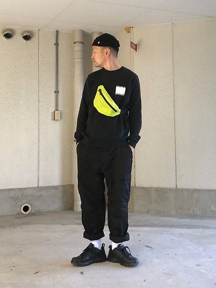 Obey beanie, Nike air monarch