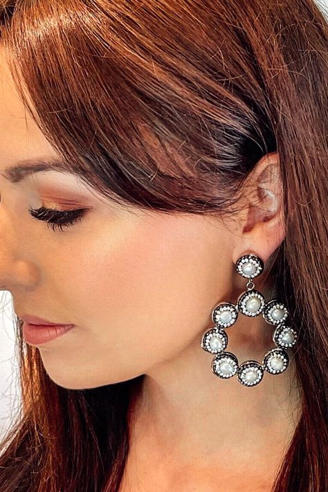 Pearly perfect 🐚 stand out in our new in shimmering Santorini earrings 🤍 #nature #photographer #cute #earringsofinstagram #interior #statementearrings #earparty #architecture #onlineshopping #creative #lifestyle #shop #likeforlike #productphotographer #weddingaccessories #newin #natural #instadaily #beauty #online #photo #pearlearrings #chic #designinspiration #pretty #pearlaccessories #photoshoot #natural #productshoot #weddingjewellery
