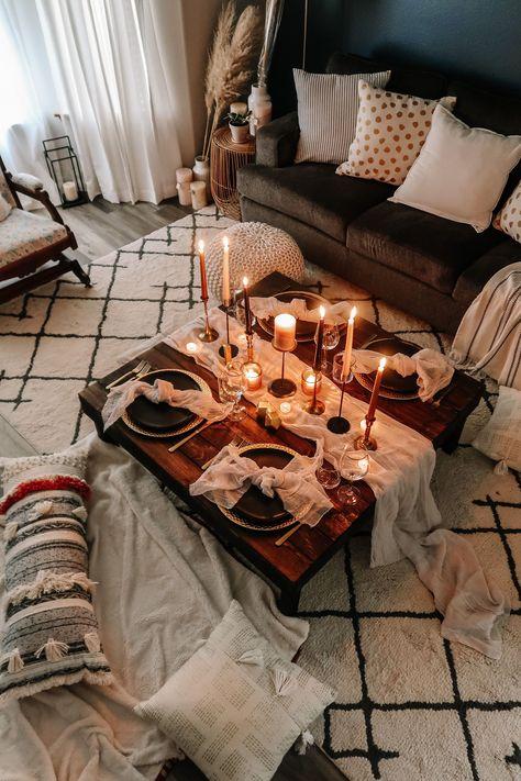 Romantic Dates, Romantic Date Night Ideas, Romantic Picnics, Romantic Dinners, Romantic Dinner Setting, Romantic Room Decoration, Decoration Table, Decorations, Indoor Picnic Date