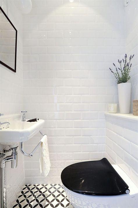 WC Noir Et Blanc Carreaux De Ciment Et Métro
