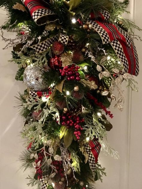 """Detailed Designer Style Large Christmas Swag, 40""""x16""""x9""""  Artificial, 48 LED light with Timer. Free"""