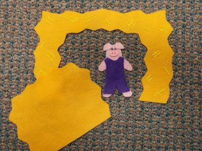 Fun with Friends at Storytime: Three Little Pigs