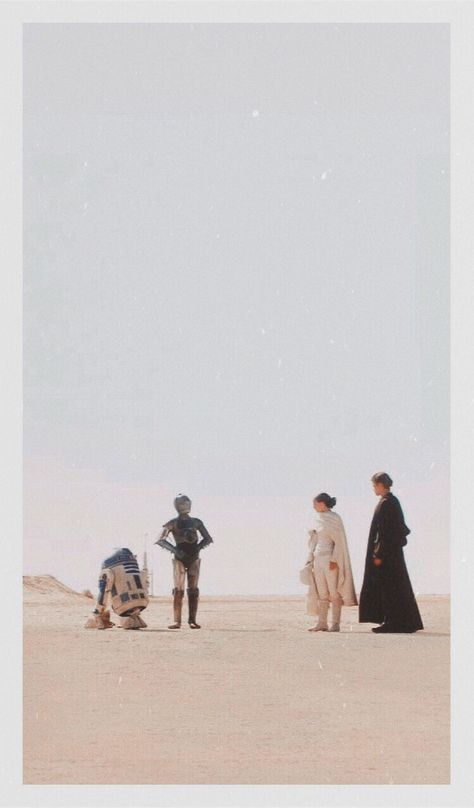 Star Wars films by fans, critics and characters Star Wars Film, Star Wars Poster, Star Wars Art, Star Wars Prints, Star Trek, Star Wars Pictures, Star Wars Images, Photo Wall Collage, Picture Wall