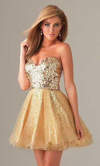 Vestido curto para casamento dourado