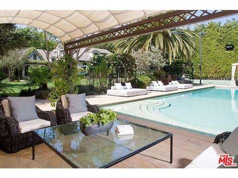 240 besten fab home pool design water play bilder auf pinterest architektur hussen und jacuzzi - Hinterhoflandschaftsideen