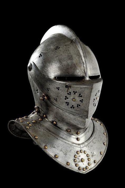 174: A Nuremberg combat close-helmet : Lot 174