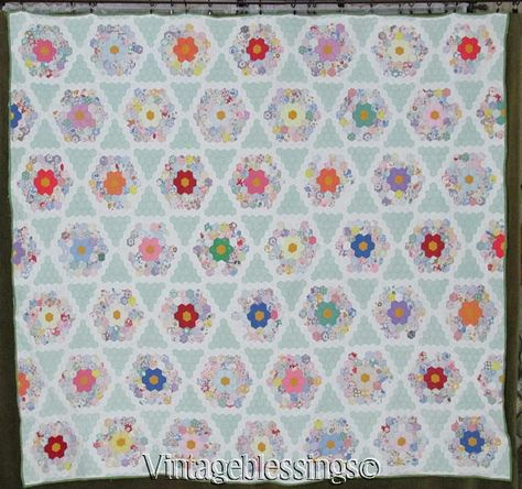 "Sweet Cottage Style! Vintage 30s Flower Garden Star QUILT 73"" x 80"" Vintageblessings"