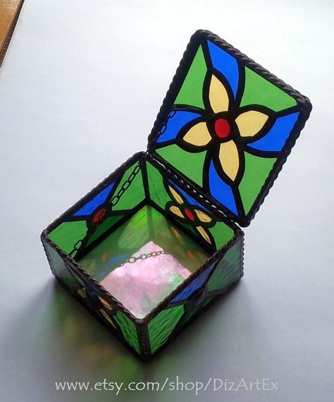 5b17ae935856 Type  Stained Glass (box)  Motive  flowers