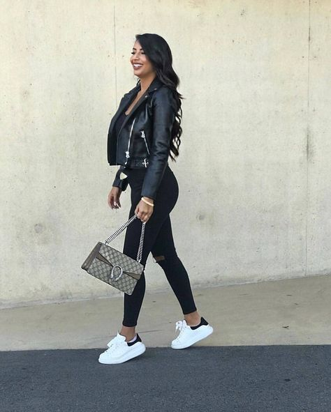 outfit inspiration| fashions| fashion style| women fashions| winter fashion| fall fashion| women s| fashion trends| women style| summer fashion| fashion dress| women clothes| women s clothing| dress casual| clothing inspiration| casual fashion| women outfits| mens fashion #fashion #style #clothing #vogue #igfashion #fashioner #fashionofinstagram #designer #fashionhour #lifestyle #trends #retro #fashiontime #fashionpage #fashionmode #fashionminute #makefashiongreatagain #bestfashion #fashionuser