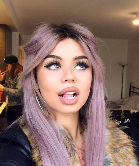 Best Hair Colors For Fair Skin: 35 Examples Not To Miss - Haarfarben Ideen Funky Hair Colors, Cool Hair Color, Funky Hairstyles, Pretty Hairstyles, Scene Hairstyles, Hairstyles Haircuts, Boy Haircuts, Hairstyle Men, Formal Hairstyles