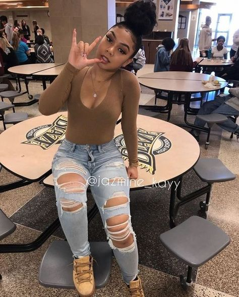 36 Baddie Outfits To Inspire Every Woman Outfits. - - 36 Baddie Outfits To Inspire Every Woman Outfits dot Fresh Baddie Outfits Source by alissabryantrob