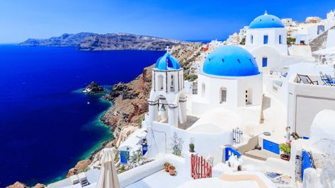31 Funny Zoom Backgrounds Your Coworkers Will Be Drooling Over Updated Greek Islands Santorini Oia Santorini
