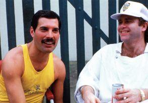 Freddie And Elton John In Live Aid 1985 Elton John Freddie Mercury Live Aid