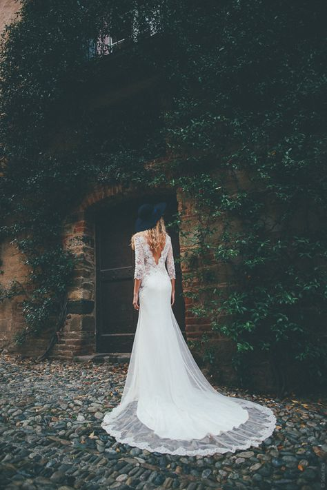 "Soul Pics: shooting collection 2016 - Manon Gontero - ""noces de bois"" - Soul Pics Manon Gontero - robe de mariée - rock - sexy - dentelle - transparence - fluide - forêt - italie - soul pics - photographe mariage - wedding photographer - robe OLBIA - création dur mesure"