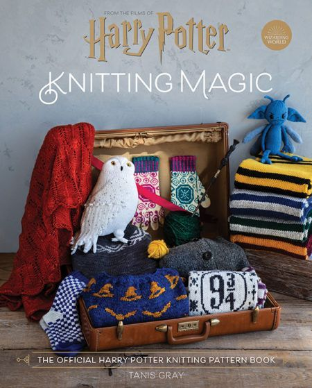Harry Potter Knitting Magic Insight Editions Adventlustigerster Channel The Magic Of The Harry Potter In 2020 Harry Potter Knit Harry Potter Crochet Pattern Books