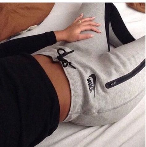clothes girl goals nike outfit sweatpants tumblr