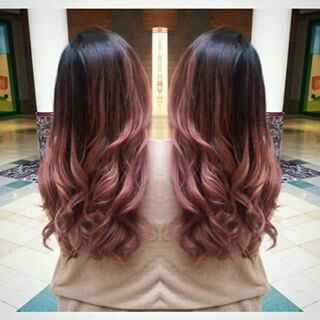 Pin By Mode Coiffure On Ideas For Hairs In 2020 Hair Styles Balayage Hair Pink Ombre Hair