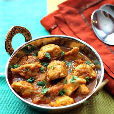 Ditch the Indian restaurant to enjoy the most delicious Chicken Curry in your own kitchen!!