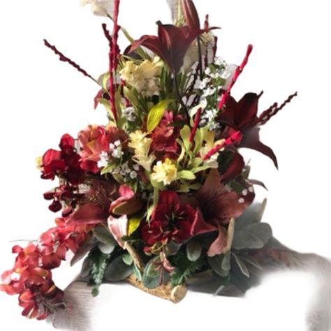 Deer Antler Decor, Maroon Flowers, Flower Arrangement, Rustic Home Decor #FlowerArrangement #MaroonFlowers #WeddingDecor #DeerAntler #RusticWedding #DeerAntlerDecor #ArtificialFlowers #SilkFlowers #RusticFloral #RusticHomeDecor