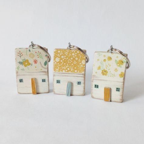 Little Wooden House Keyring  £9.00