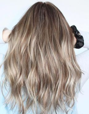 30 Ash Blonde Hair Color Ideas That You Ll Want To Try Out Right Away In 2020 Blonde Hair Colour Shades Ashy Blonde Hair Ash Blonde Hair