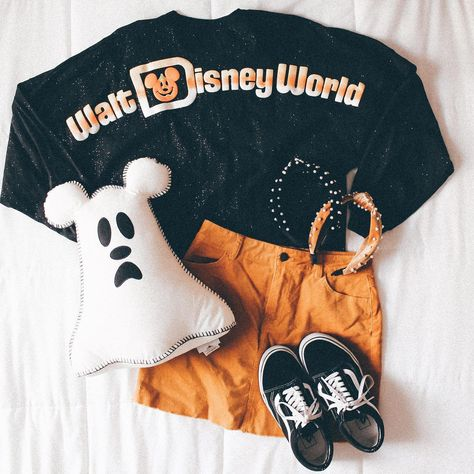 using as an excuse to wear my favorite spirit jersey 👻👻 who else can't wait for spooky season? Cute Disney Outfits, Disney World Outfits, Disney Themed Outfits, Disneyland Outfits, Disneyland Trip, Disney Clothes, Cruise Outfits, Vacation Outfits, Disney Inspired Fashion