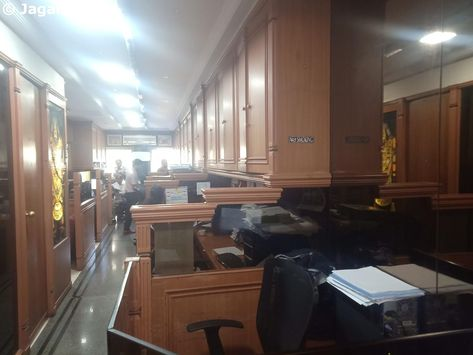 Commercial Office for Rent in Nariman Point - 700 sq ft