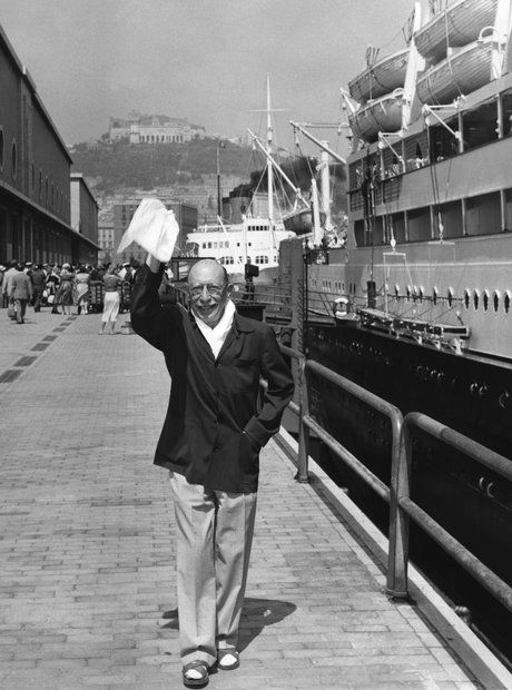 Stravinsky getting off a boat