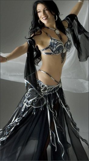 9e1033b7095a5 101 Best Black Belly Dance Costumes images in 2019 | Belly Dance, Belly  dance costumes, Belly dancers