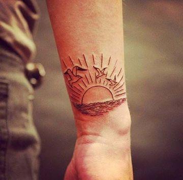 Variedad De Diseños En Tatuajes De Puestas De Sol Tatuajes En El