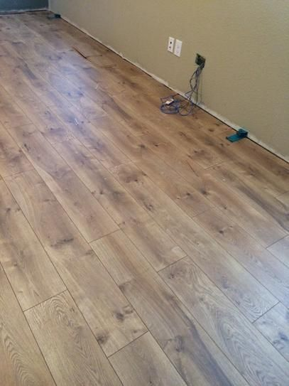 Pergo Xp Riverbend Oak 10 Mm T X 7 48 In W X 47 24 In L Laminate Flooring 19 63 Sq Ft Case Lf000773 The Home Depot Pergo Laminate Flooring Oak Laminate Flooring Wood Floors Wide Plank