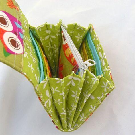 Super Roomy Accordion Wallet  #sewing #handmade