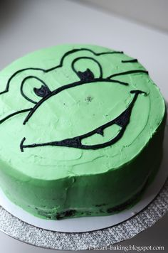 Simple and easy Ninja Turtle birthday cake I frosted it completely