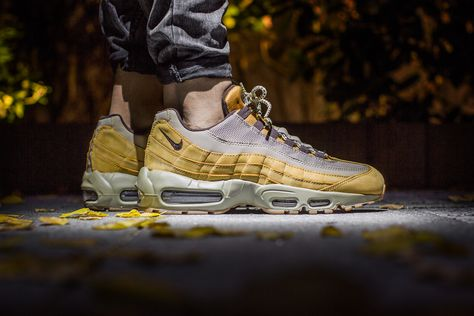 NIKE AIR MAX 95 PREMIUM 'WHEAT PACK' BRONZE BAROQUE BROWN