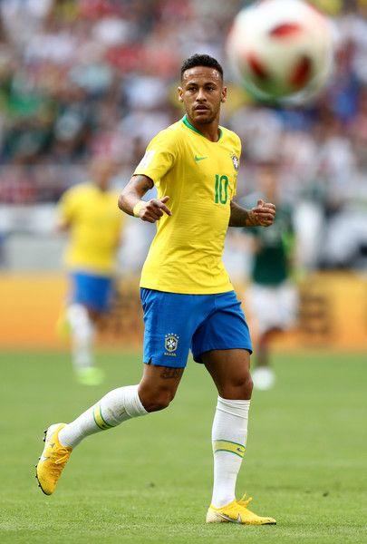 Neymar Jr Photos Photos Brazil Vs Mexico Round Of 16 2018 Fifa World Cup Russia Neymar Neymar Jr Neymar Vs