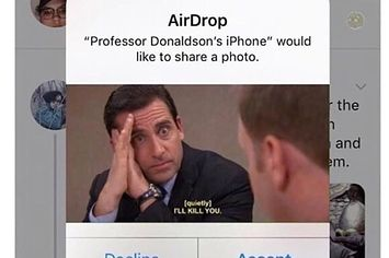 17 Pictures You Can Actually Hear Even Though There S No Sound Memes Office Memes Memes Funny Faces