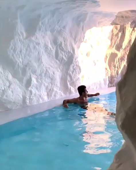 Luxury Cave Hotel in Mykonos, Greece - The Perfect Couples Getaway! Located in the Aegean Sea! This is a real luxury experience similar to the Santorini Version! A Defo Must see!   Video by @melissa (IG) @cavetogomyconos