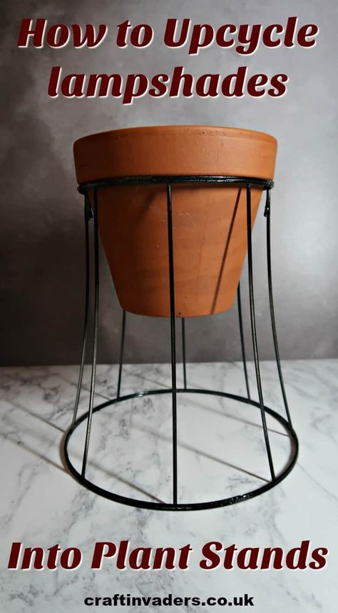 diy plant stand I show you how to upcycle vintage wire lampshade frames into gorgeous industrial style plant stands that will look fab in any interior. Modern Plant Stand, Wood Plant Stand, Outdoor Plant Stands, Frame Crafts, Diy Frame, Wire Crafts, Wire Lampshade, Upcycled Vintage, Diy Upcycled Decor