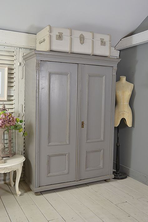 dutch #letstrove This Dutch wardrobe...