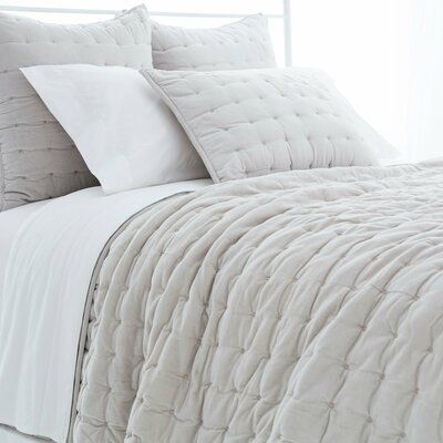 Pine Cone Hill Vienna Reversible Quilt Color Gray Size King